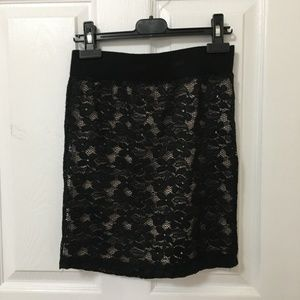 ⭐️ 2/$20 Forever 21 Black Nude Lace Skirt